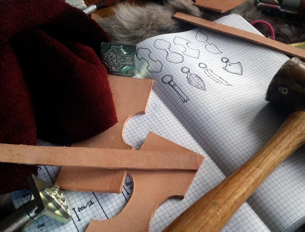 How to be a better hobbyist with the bullet journal leather supplies | Littlecoffeefox.com