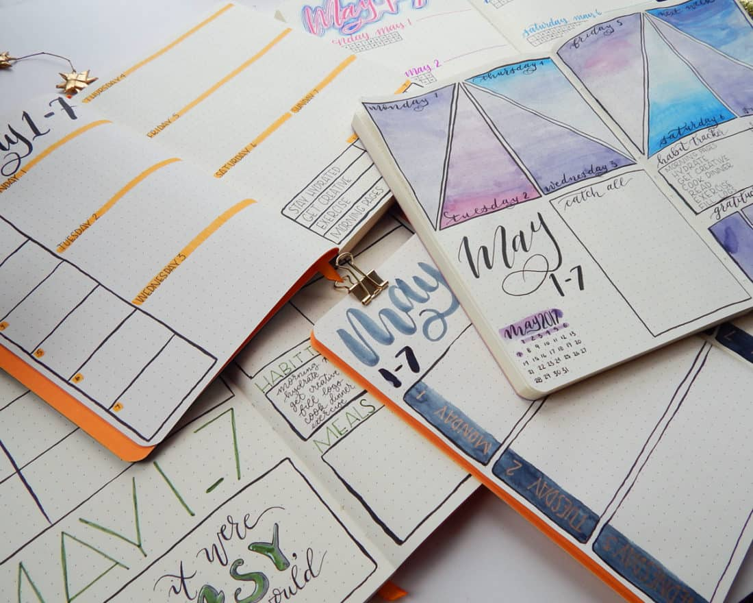 Everyone knows how to do daily layouts in the bullet journal, but have you tried some weekly bullet journal spreads? These unique, flexible, and fabulous layouts can help you plan a week at a time, track data, and stay inspired. Check out my top five favorites and start your weekly spread today!