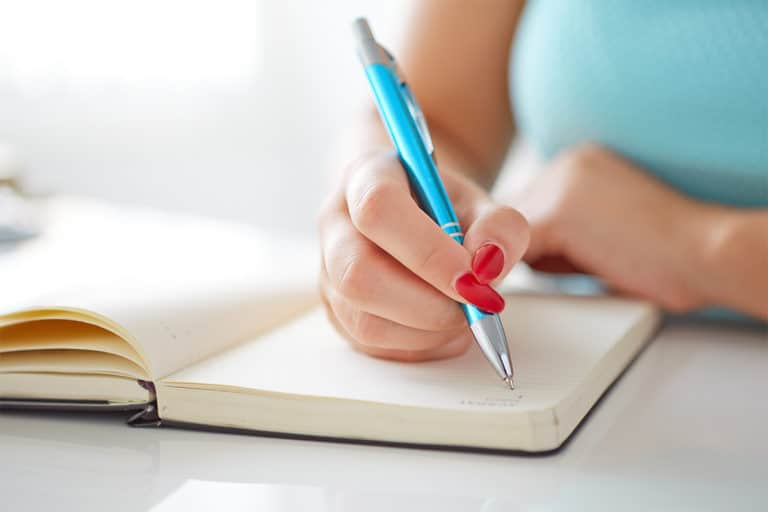 Why You Should Start a Journal This Year