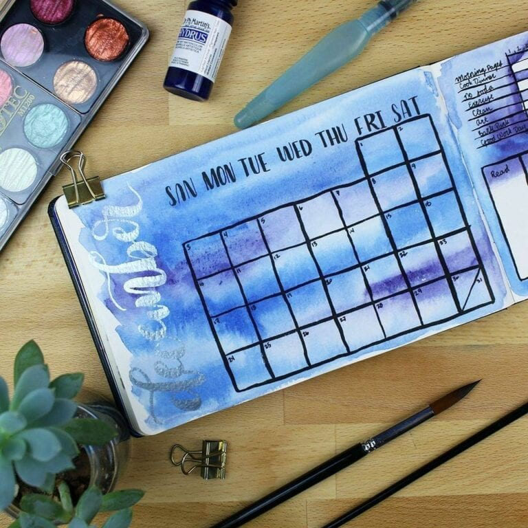 30+ December Bullet Journals Perfect for Christmas (2020)