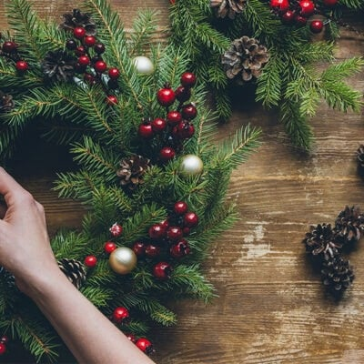 A Minimalist Christmas: 22 Ways to Stick to Your Minimalism