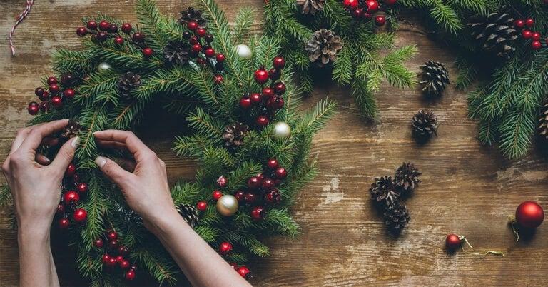 A Minimalist Christmas: 22 Ways to Stick to Your Minimalism